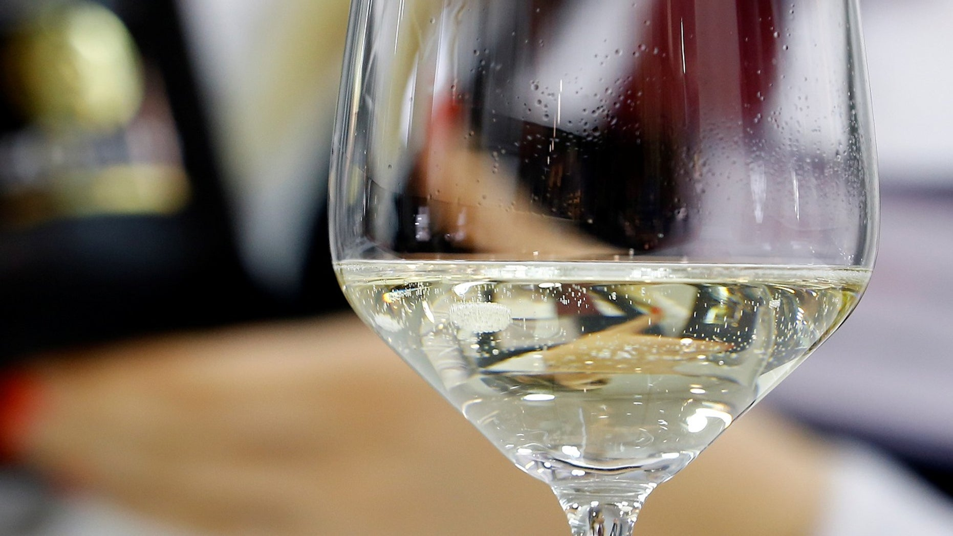 """A Canadian man sued an airline, accusing it of falsely marketed """"Champagne service"""" when it served sparkling wine."""