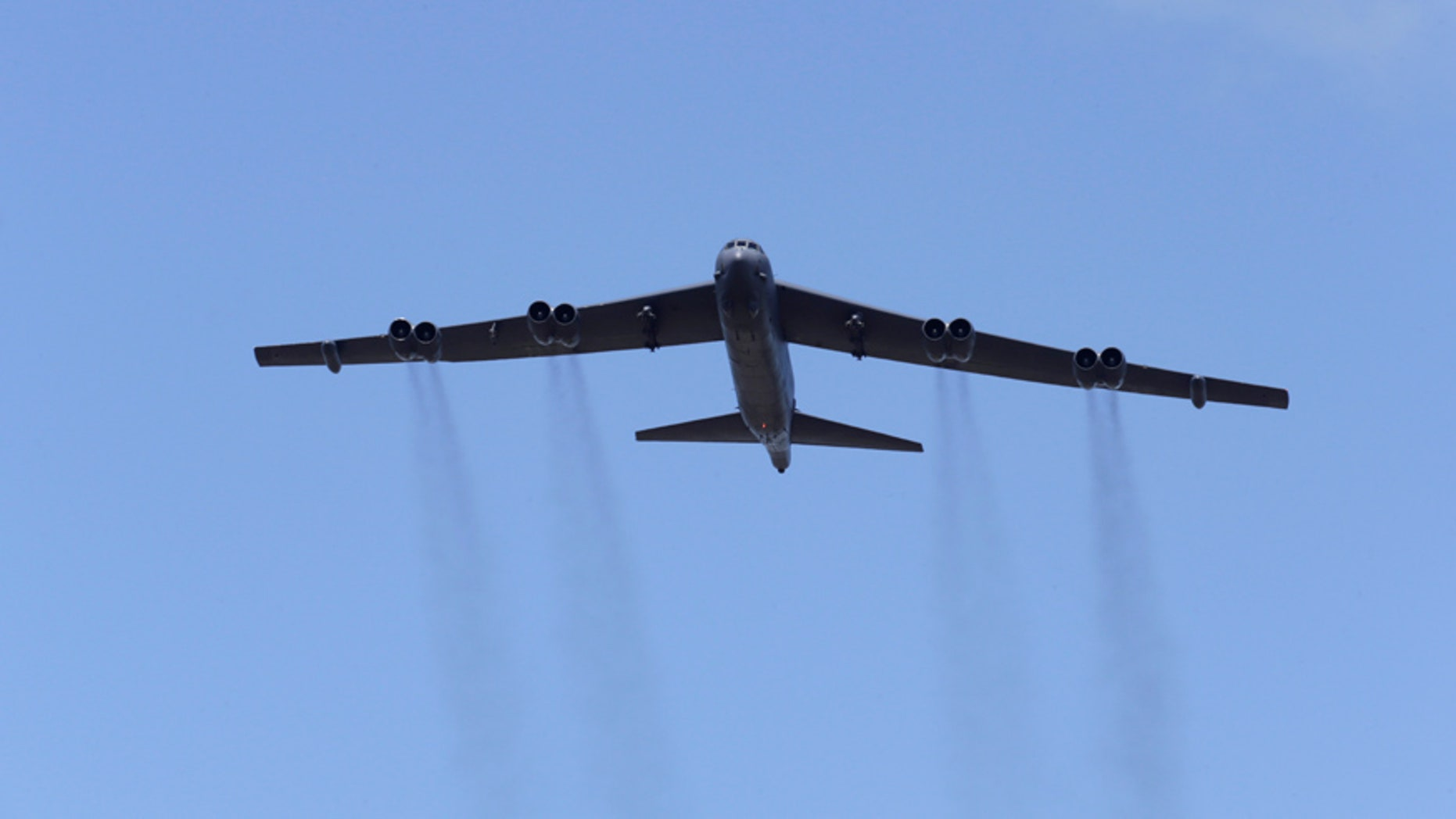 "A U.S. B-52 bomber takes part in the ""Saber Strike"" NATO military exercise in Adazi, Latvia, June 13, 2016. REUTERS/Ints Kalnins - RTX2FYU3"