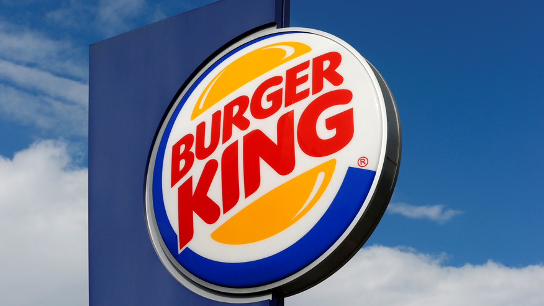 The logo of U.S. fast food group Burger King is seen at a restaurant in Bruettisellen, Switzerland October 11, 2016.  REUTERS/Arnd Wiegmann  - RTX2R68P