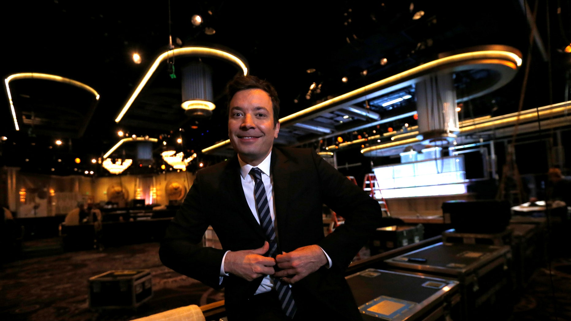 Host and comedian Jimmy Fallon poses during preparations for the 73rd Annual Golden Globe Awards in Beverly Hills, California, U.S. January 4, 2017. REUTERS/Mario Anzuoni - RTX2XK3U