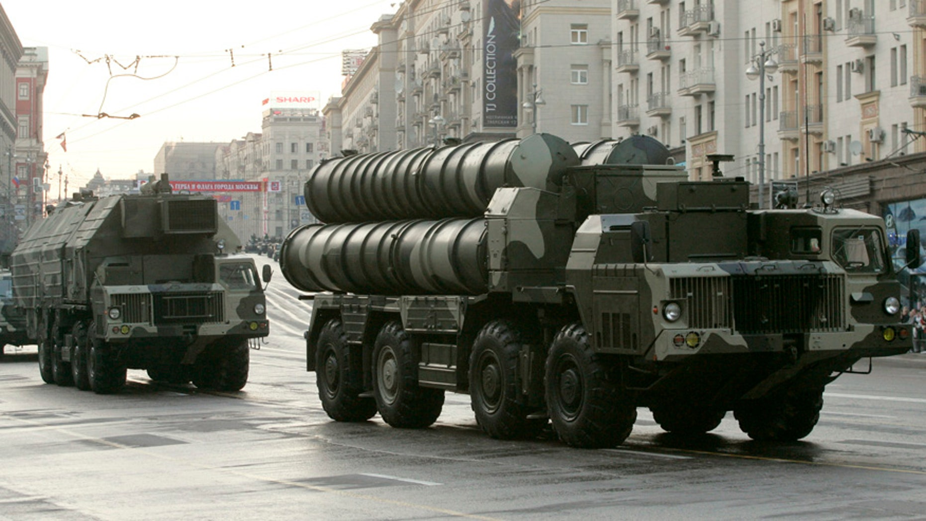 May 4, 2009: Russian S-300 anti-missile rocket system move along a central street during a rehearsal for a military parade in Moscow.