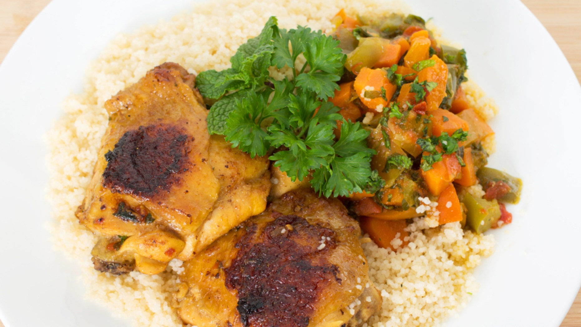 Cous cous Kabylia with chicken and vegetables