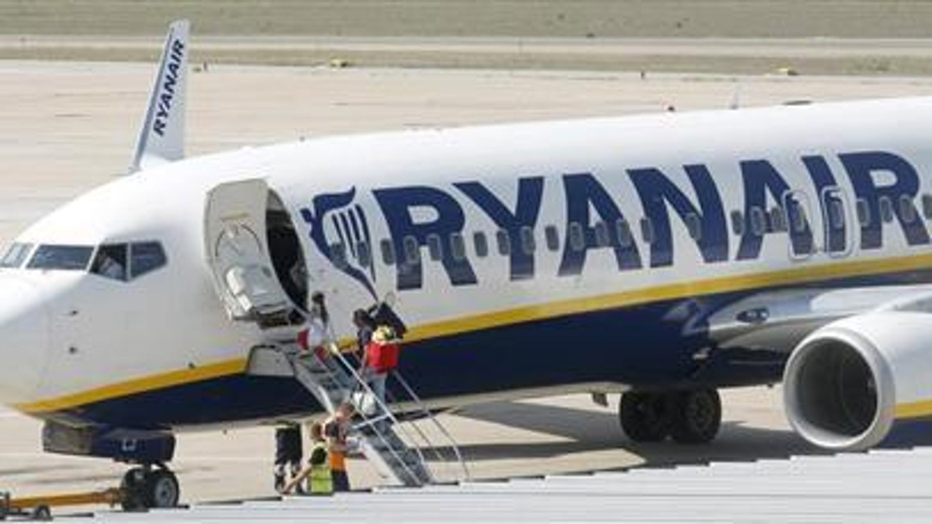 Ryanair ground crew left a shocking image for passengers at Dublin Airport last week.