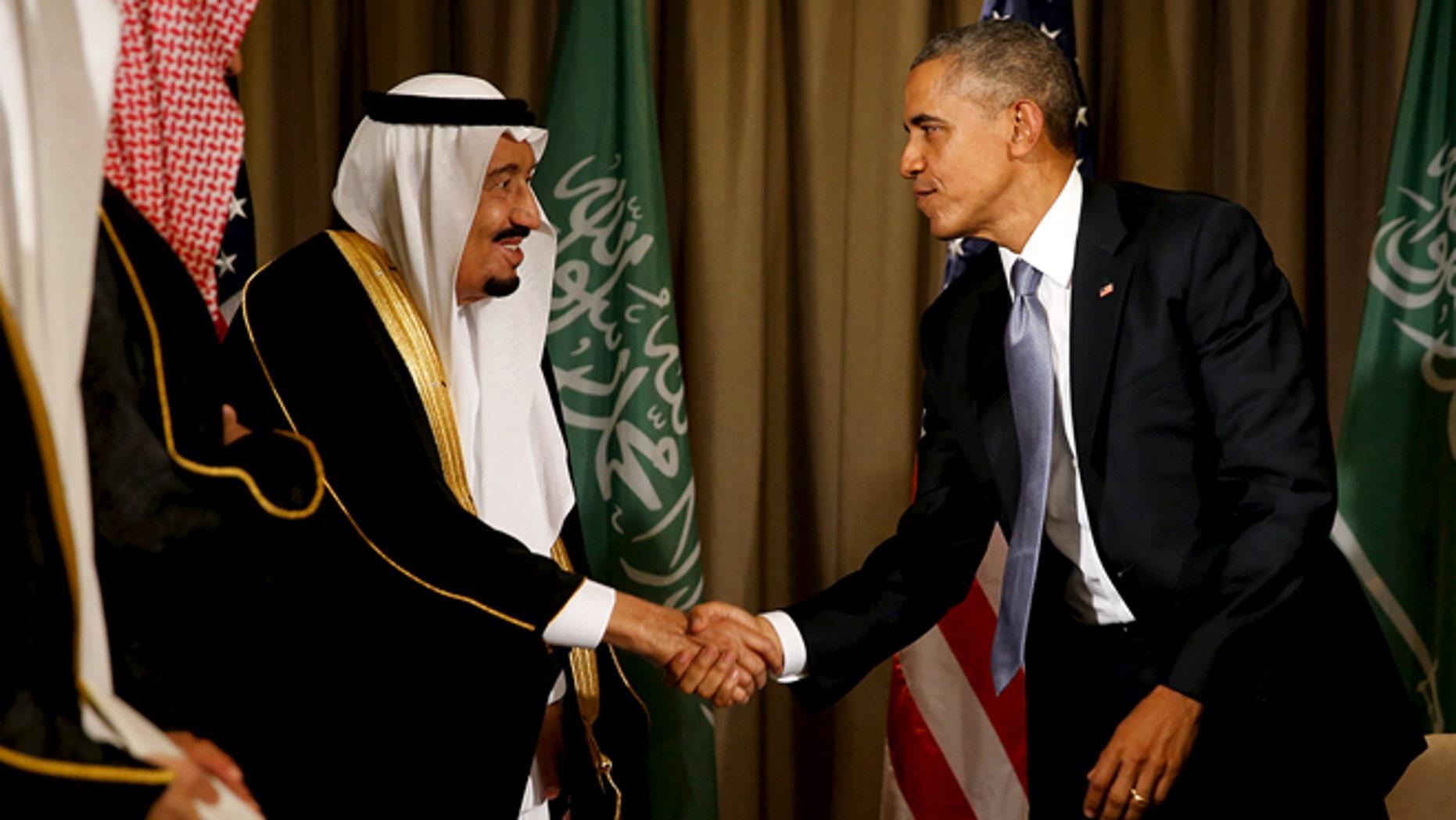 President Barack Obama shakes hands with Saudi Arabia's King Salman after their meeting alongside the G20 summit at the Regnum Carya Resort in Antalya, Turkey, November 15, 2015. (REUTERS/Jonathan Ernst)