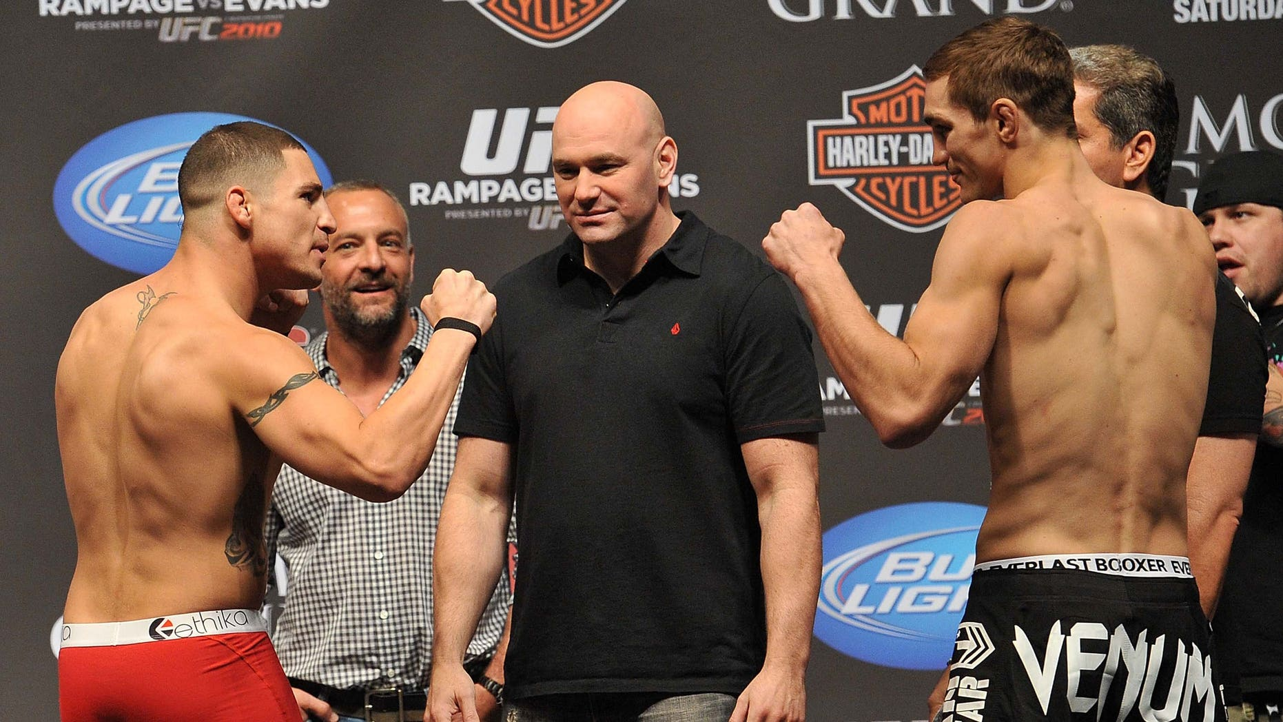 LAS VEGAS - MAY 28: UFC fighter Diego Sanchez (L) faces off against UFC fighter John Hathaway (R) at UFC 114: Rampage versus Rashad at the Mandalay Bay Hotel on May 28, 2010 in Las Vegas, Nevada. (Photo by Jon Kopaloff/Getty Images)
