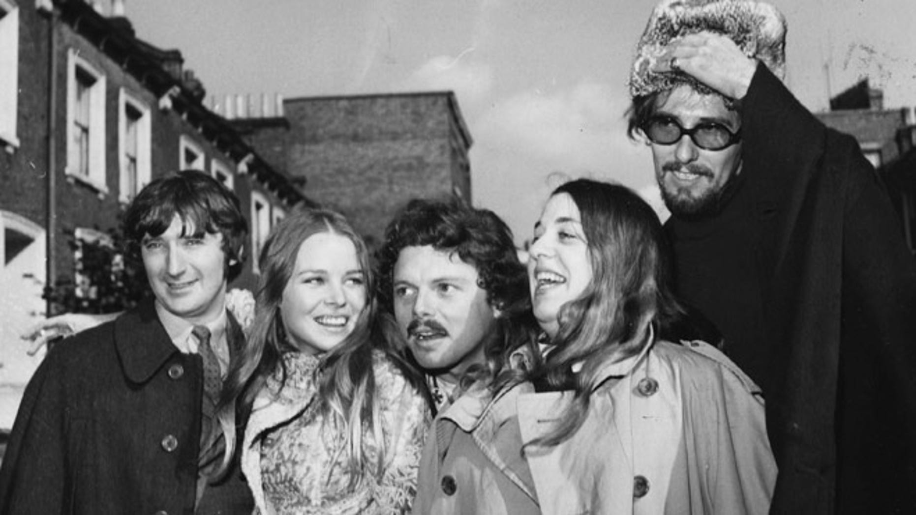 Scott McKenzie (center) with the Mamas and the Papas.