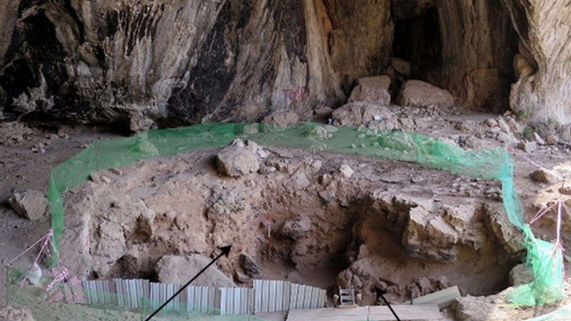 Neanderthal remains were found, along with a plinth of sediment, in Shanidar Cave in Iraq.