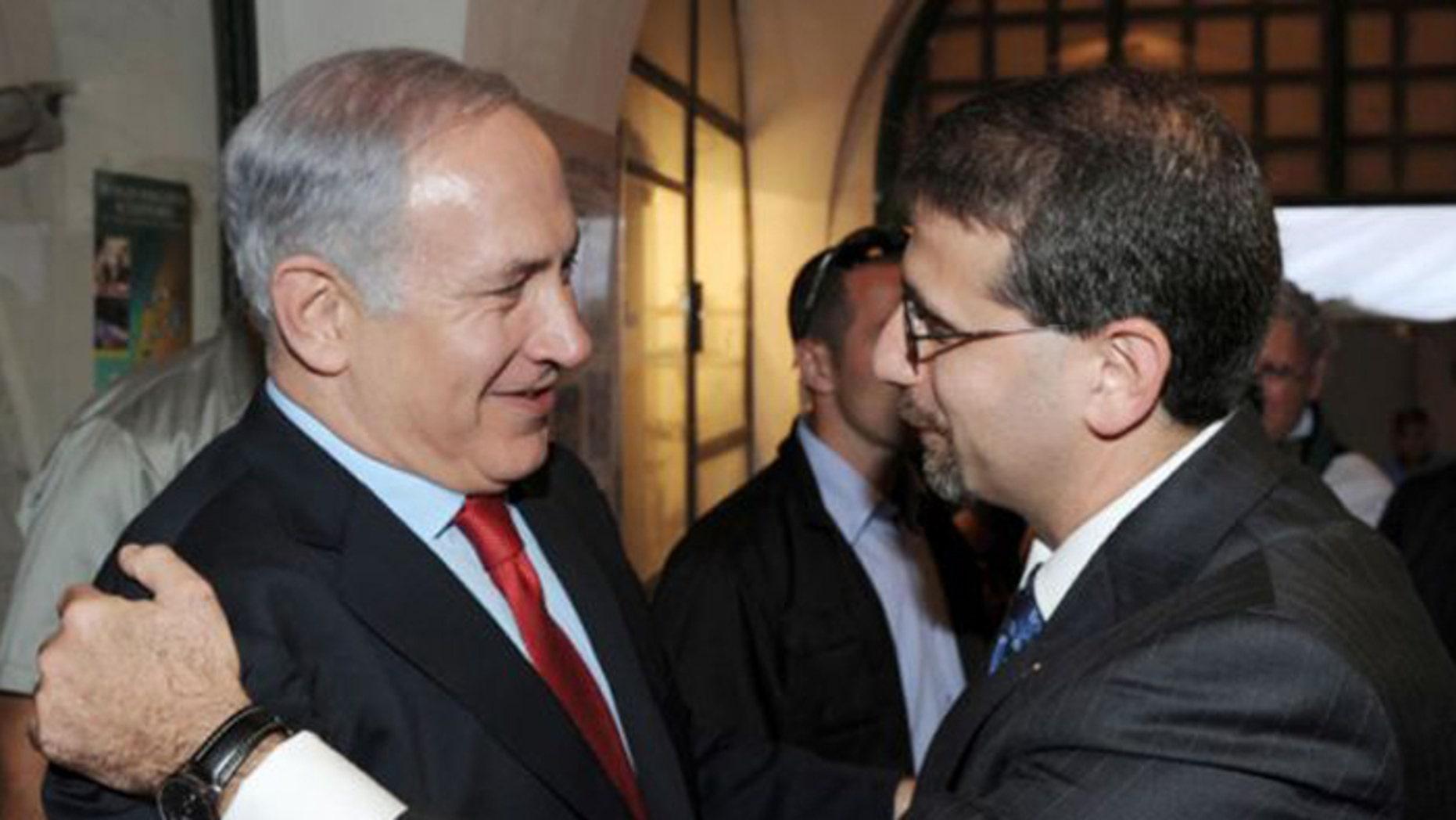 U.S. Ambassador to Israel Daniel Shapiro, (r.), is offering assurances to Israelis that America has her back. (Reuters)