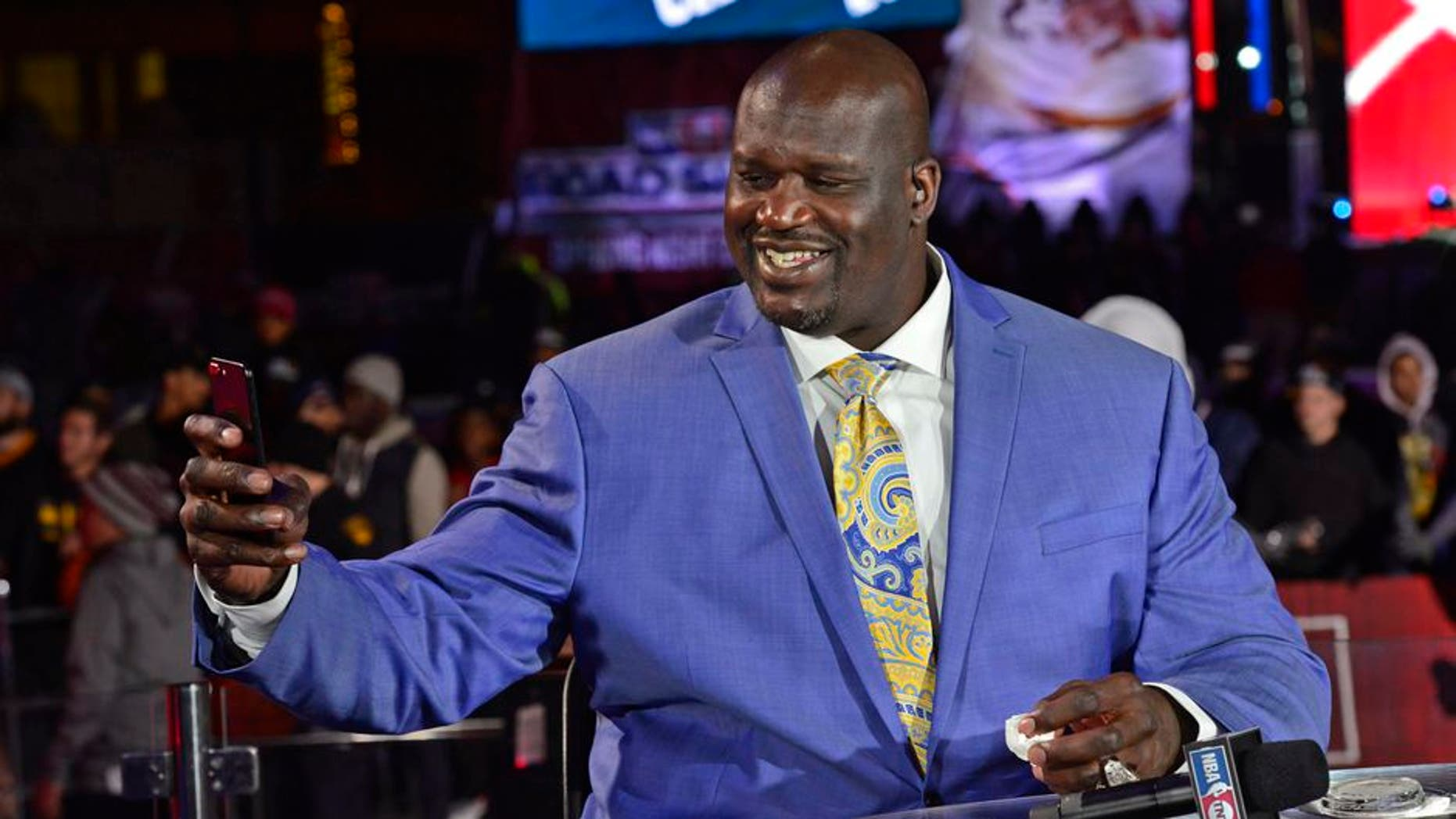 CLEVELAND, OH - OCTOBER 25: A close up shot of NBA TNT Analyst, Shaquille O'Neal taking a 'selfie' on set before the New York Knicks game against the Cleveland Cavaliers on October 25, 2016 at Quicken Loans Arena in Cleveland, Ohio. NOTE TO USER: User expressly acknowledges and agrees that, by downloading and or using this Photograph, user is consenting to the terms and conditions of the Getty Images License Agreement. Mandatory Copyright Notice: Copyright 2016 NBAE (Photo by David Dow/NBAE via Getty Images)