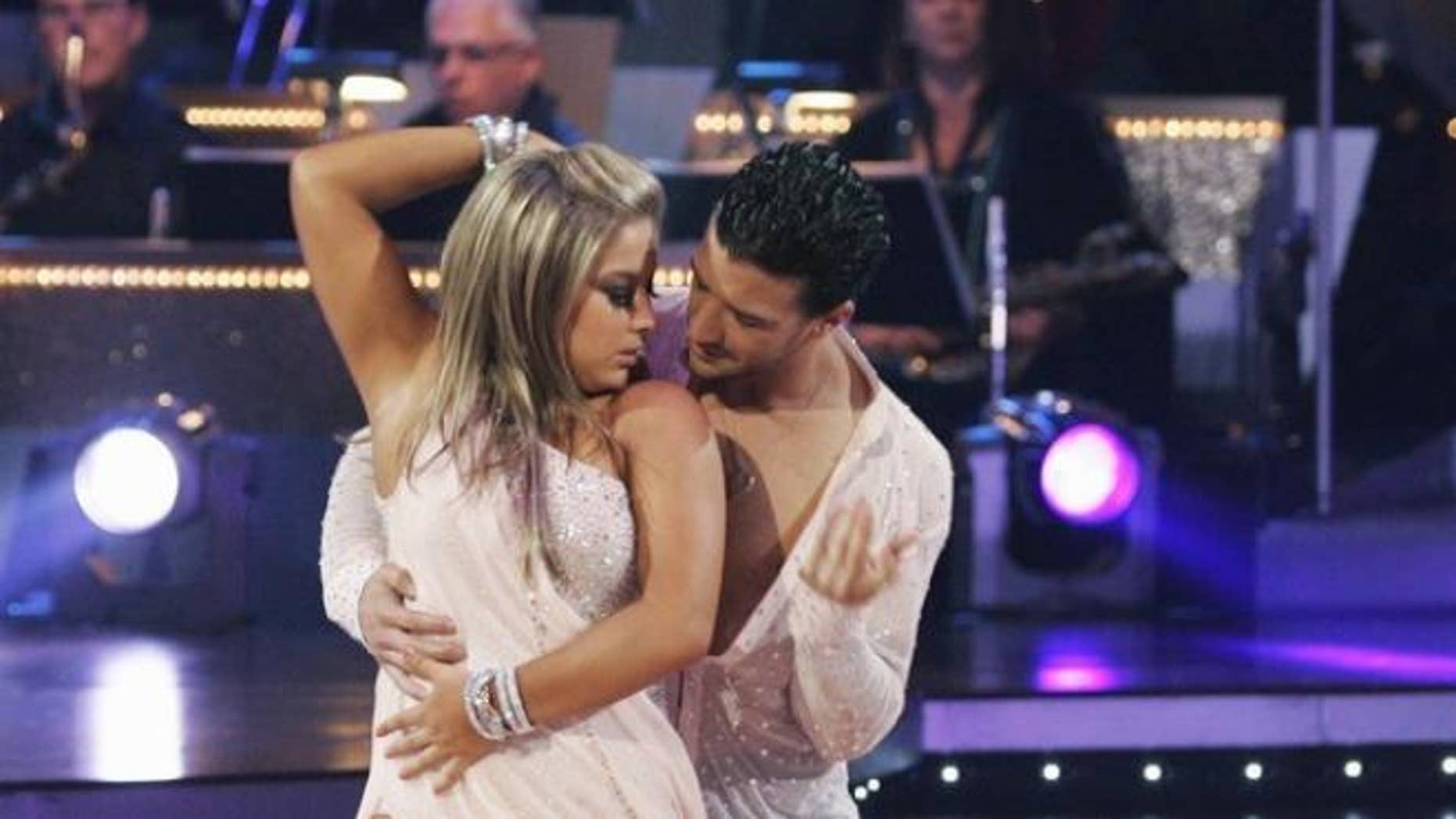 Hookups on dwts how do they pick