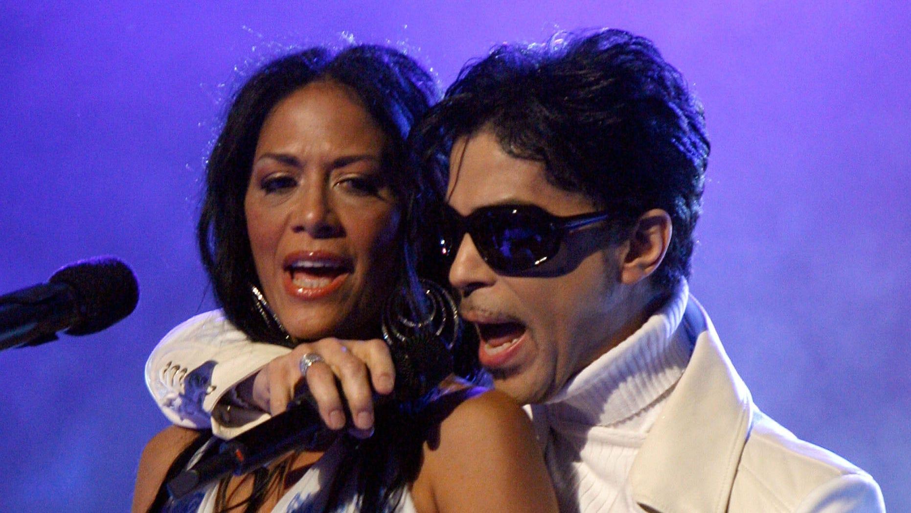 Sheila E. and Prince during the 2007 NCLR ALMA Awards in Pasadena, California.