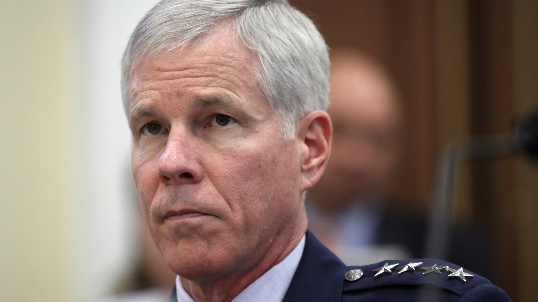 Gen. William Shelton, Comandante de la Fuerza Aerea de los EEUU, testifica en el capitolio.