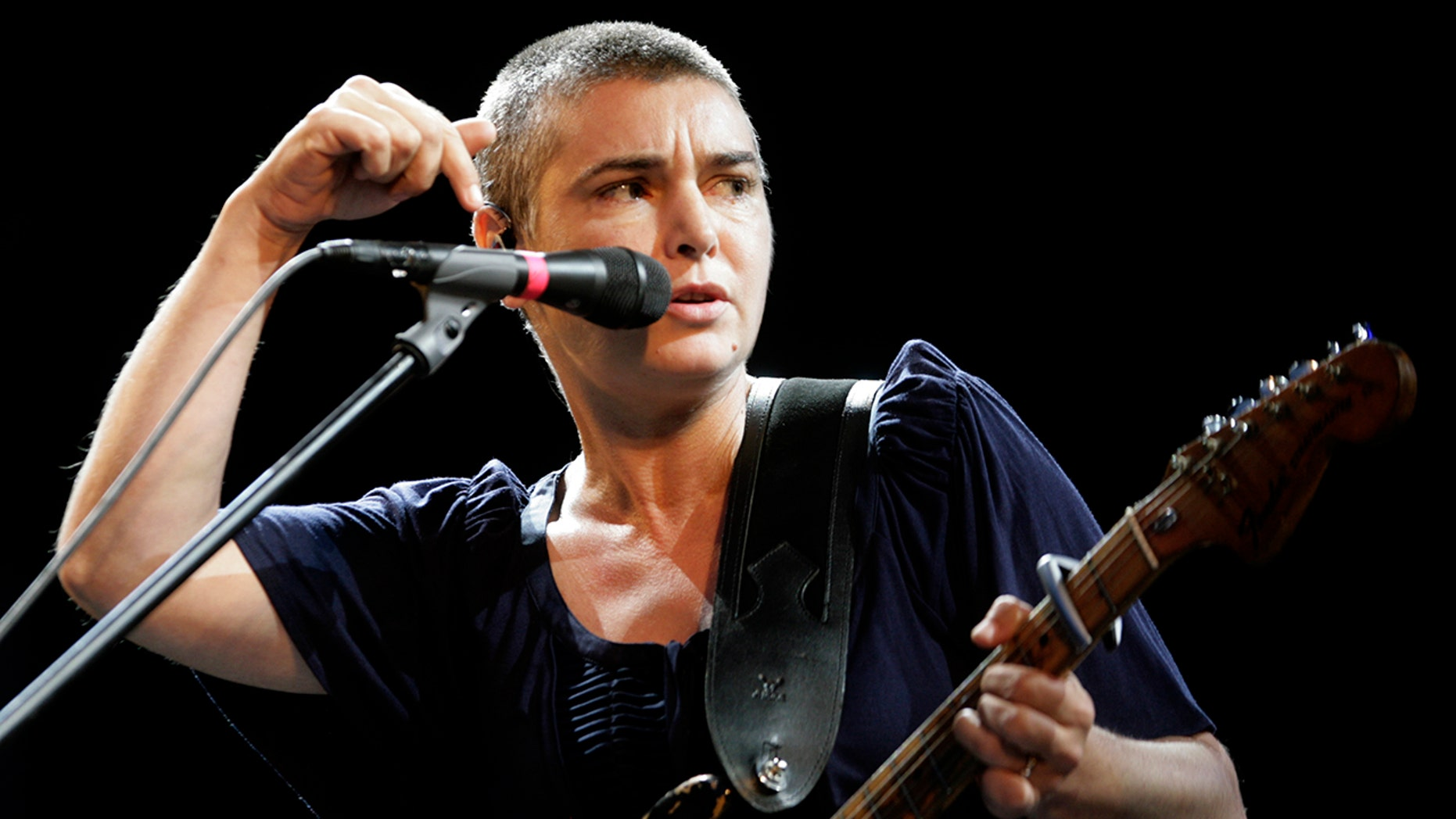 Sinead O'Connor calls white people 'disgusting' in freaky rant