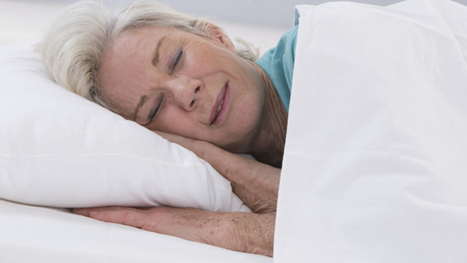 Unhealthy sleep patterns combined with other factors could increase mortality risk, according to a study in Australia of people ages 45 and older.