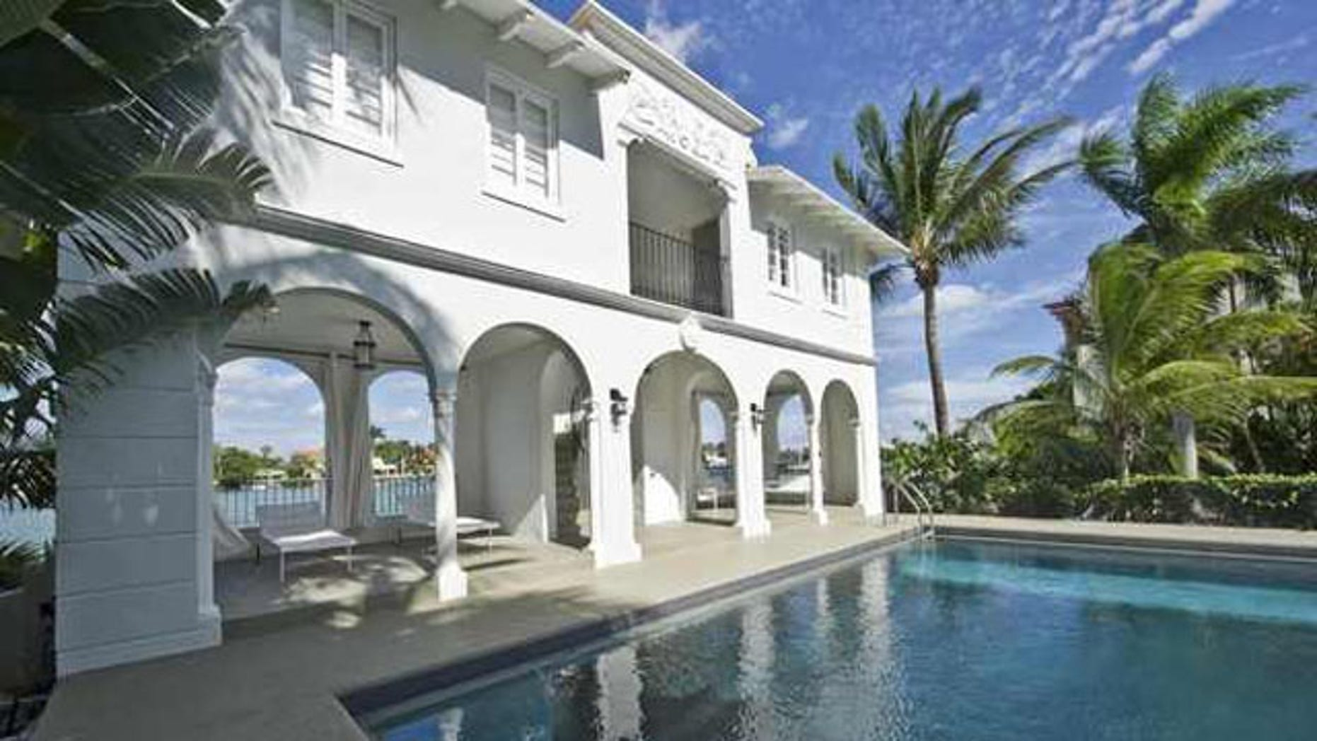 February 8, 2014: The pool house and pool of the waterfront mansion on Palm Island in Miami Beach, once owned by notorious gangster Al Capone, is shown in this photo provided by One Sotheby's International Realty. (REUTERS)