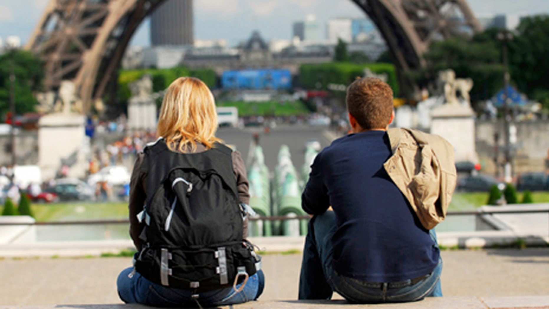 Paris has a big drinking culture, but a small number of tour companies are catering to people who are on the wagon.