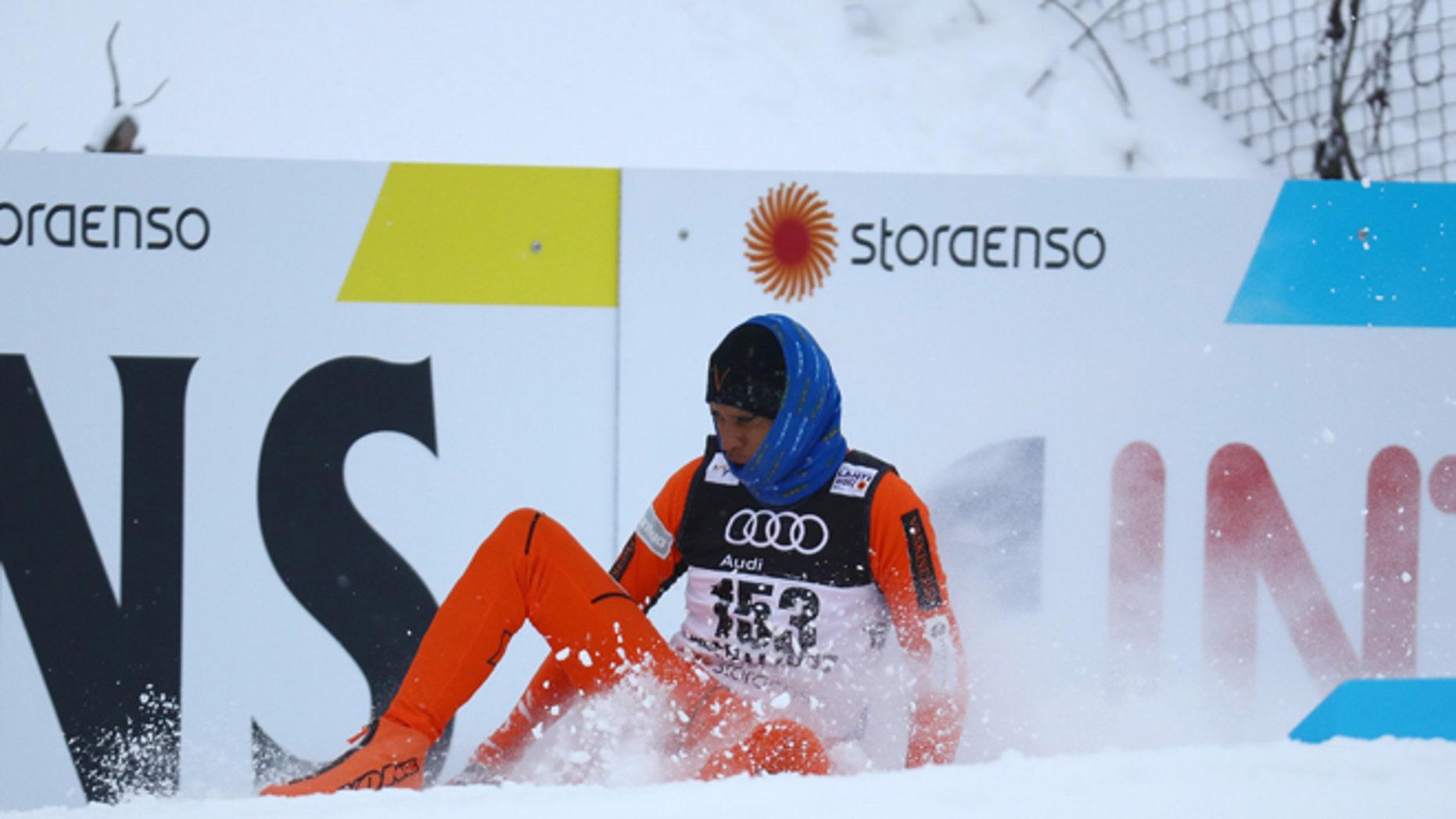 FIS Nordic Ski World Championships - Men's Cross Country - Qualification - Lahti, Finland - 23/2/17 - Adrian Solano of Venezuela crashes during the competition. REUTERS/Kai Pfaffenbach   - RTSZZXX