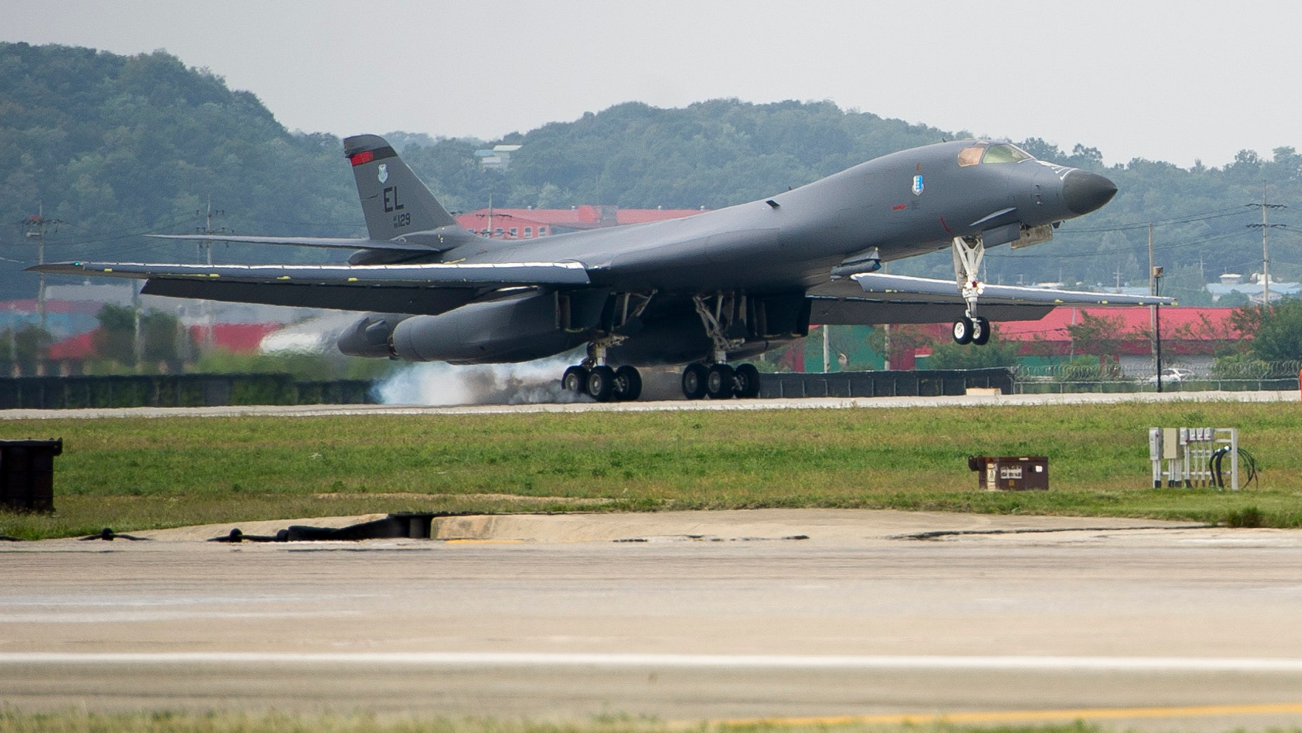 A U.S. Air Force B-1B Lancer landing at Osan Air Base.