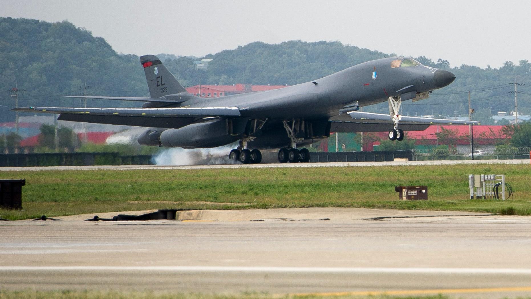A U.S. Air Force B-1B Lancer landing at Osan Air Base.