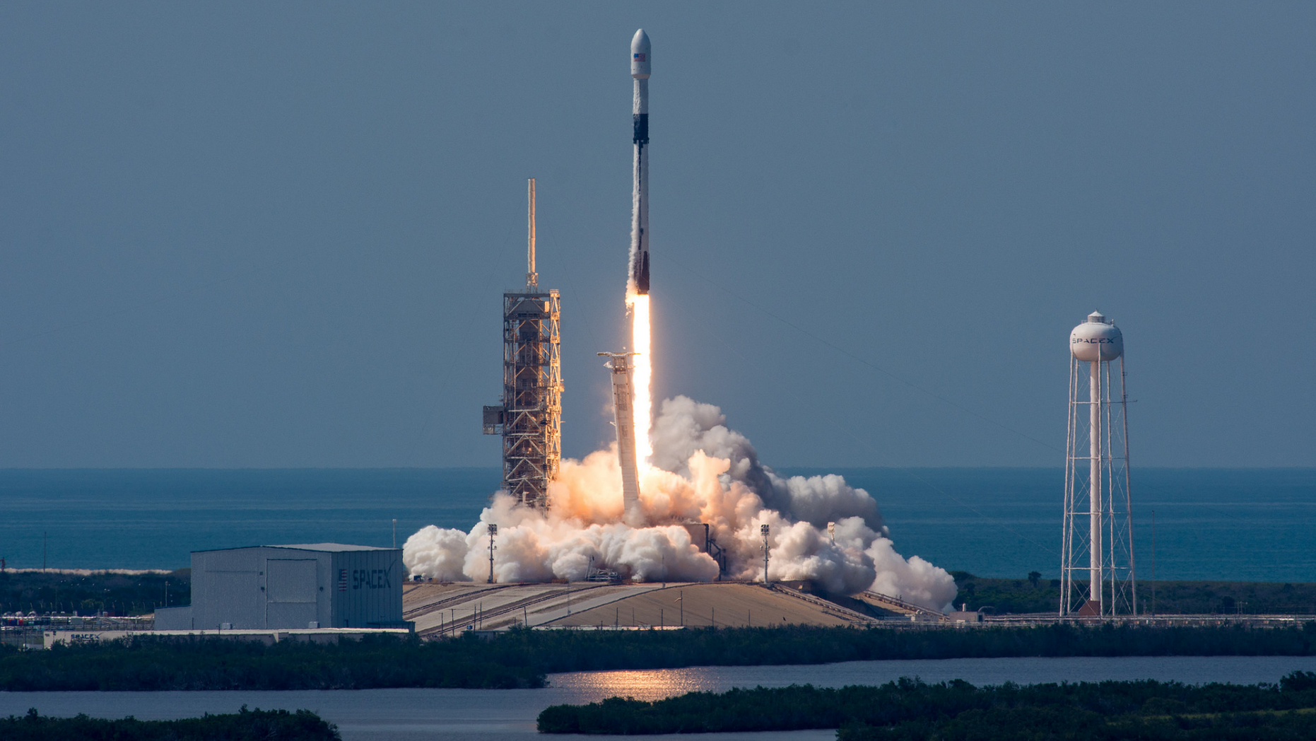 """SpaceX's first """"Block 5"""" Falcon 9 rocket launches from NASA's Kennedy Space Center on May 11, 2018. On May 24, President Donald Trump signed a new space policy directive that could ease regulations on SpaceX and other commercial spaceflight companies."""