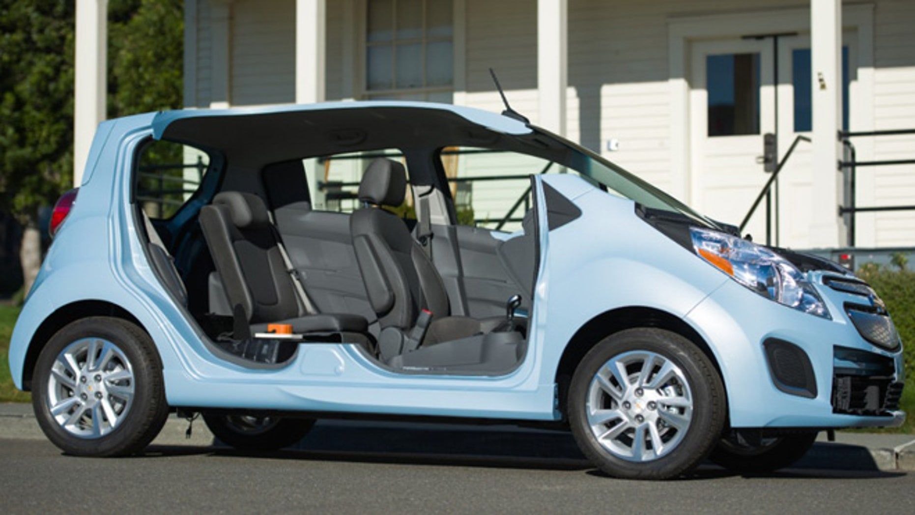 Chevrolet Spark EV cutaway