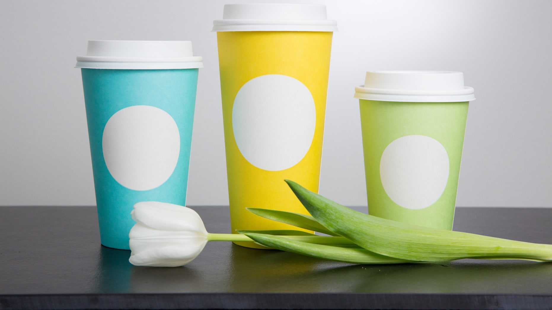 Starbucks\' new springtime cups already generating mixed emotions ...