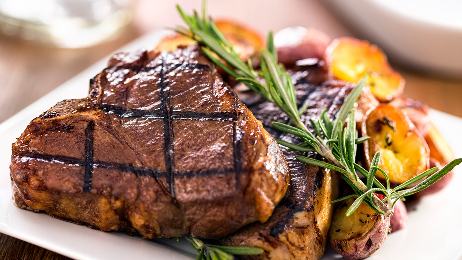 Read up on these tips for getting exactly the steak you want while out to eat.