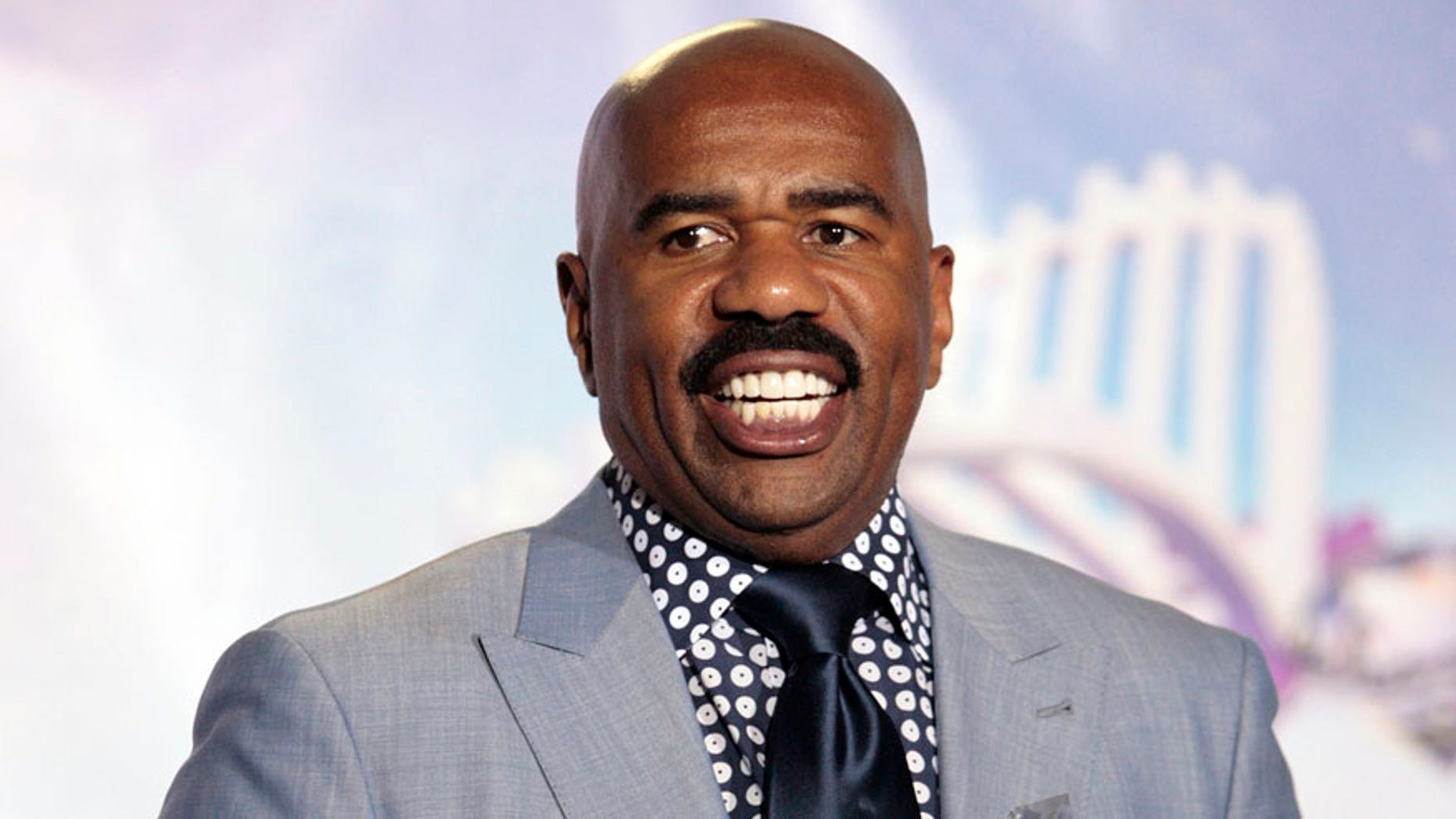 steve harvey slammed for his response to wife s ignorant comment
