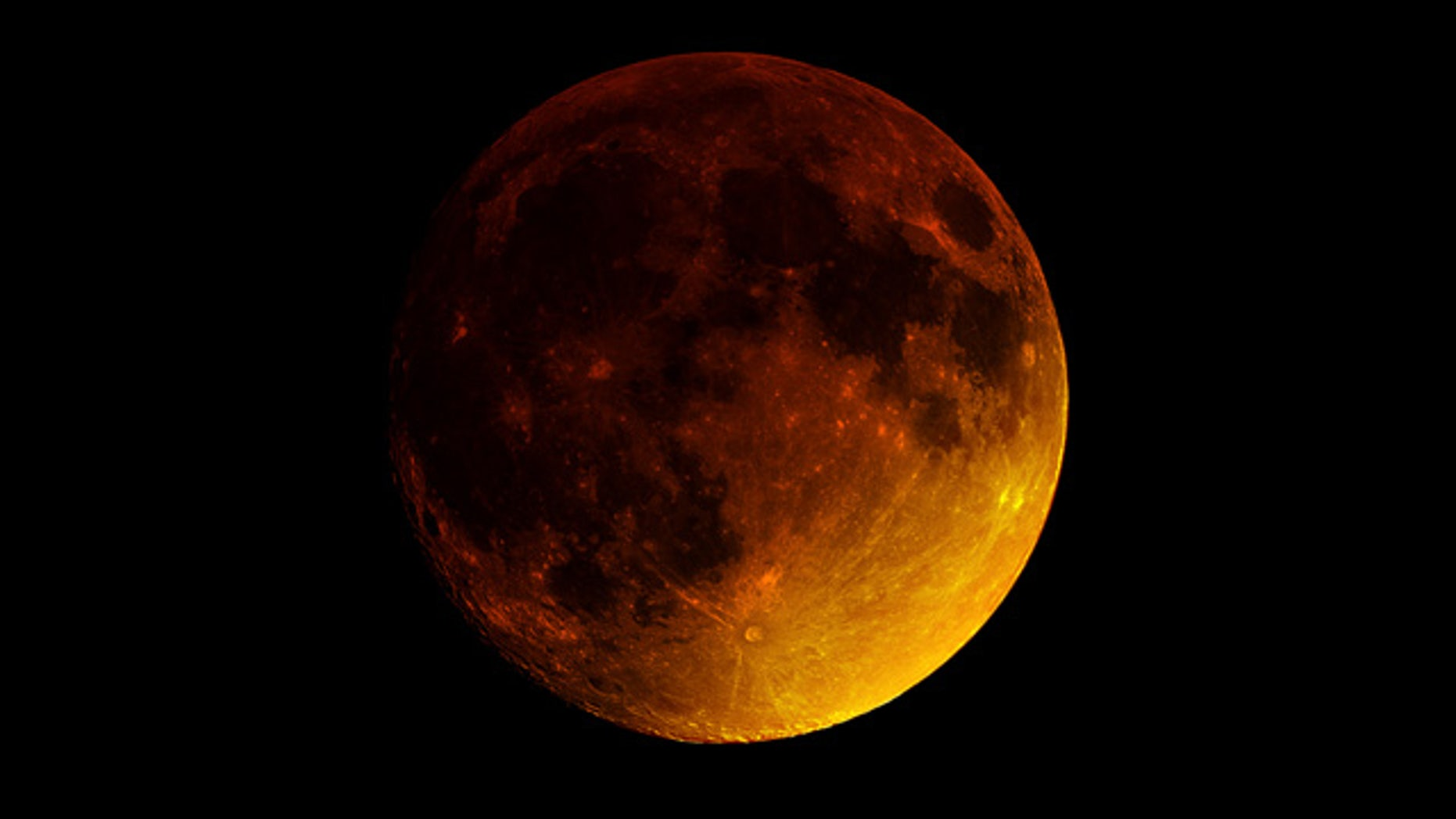Sept. 27, 2015: A so-called 'supermoon eclipse' occurs New York City (Brian Tully)