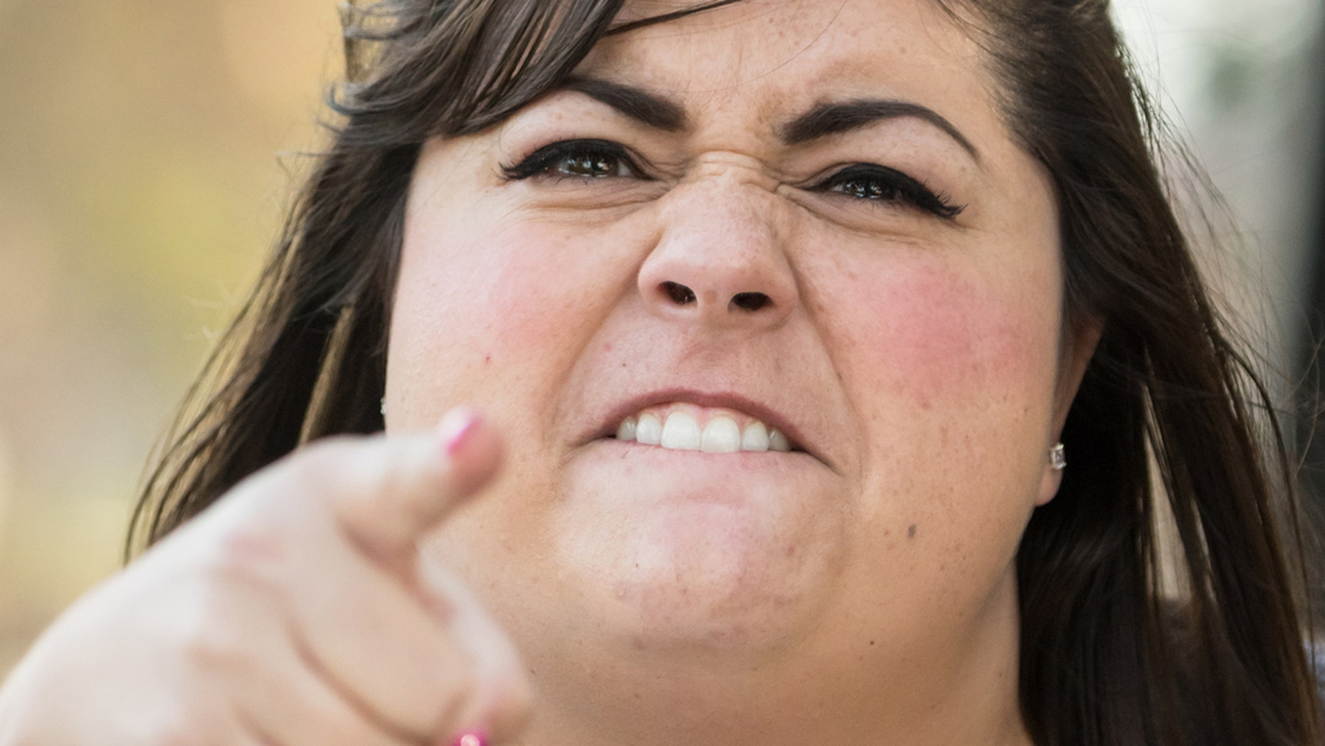 A new study says the average American starts swearing before noon.