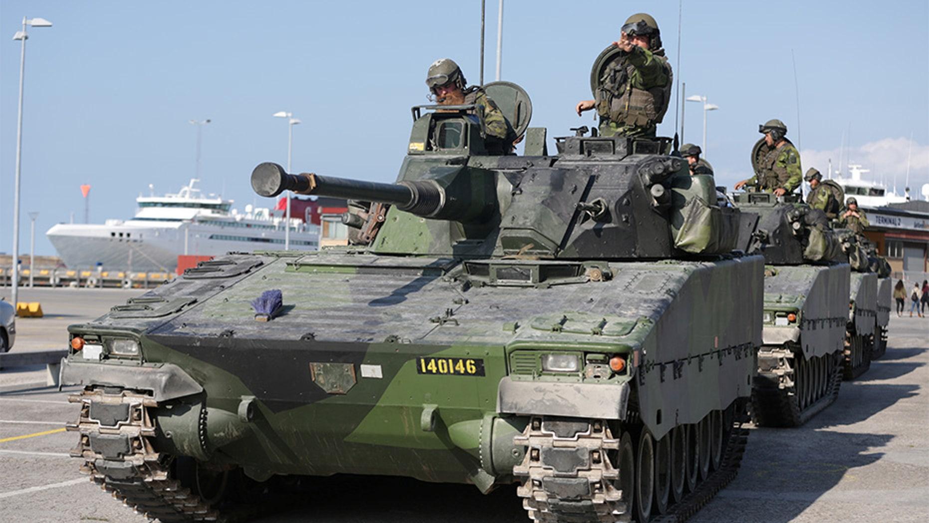 Sept. 14, 2016: A Swedish Skaraborg Armoured Regiment team trains on the island of Gotland in the Baltic Sea.