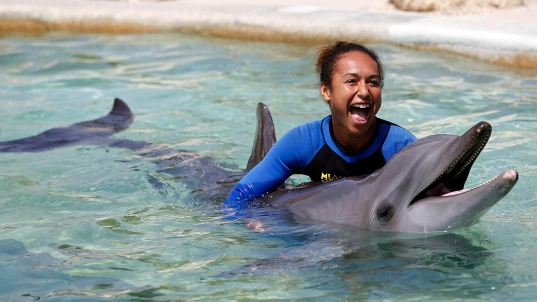 Aquariums say PETA convinced TripAdvisor to stop booking certain attractions.