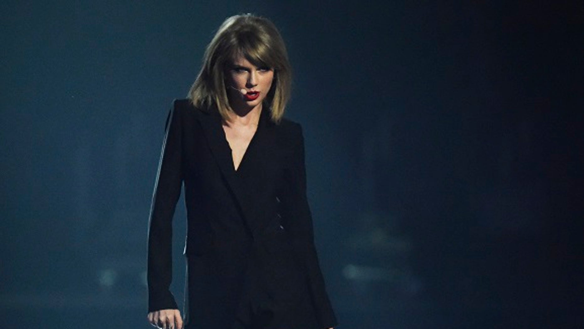 Taylor Swift's fans believe her new music video is a direct dig at her ex-boyfriend Calvin Harris.