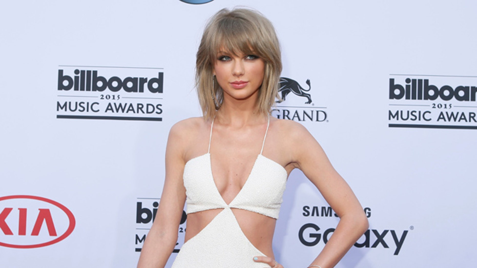 May 17, 2015. Singer Taylor Swift arrives at the 2015 Billboard Music Awards in Las Vegas, Nevada.
