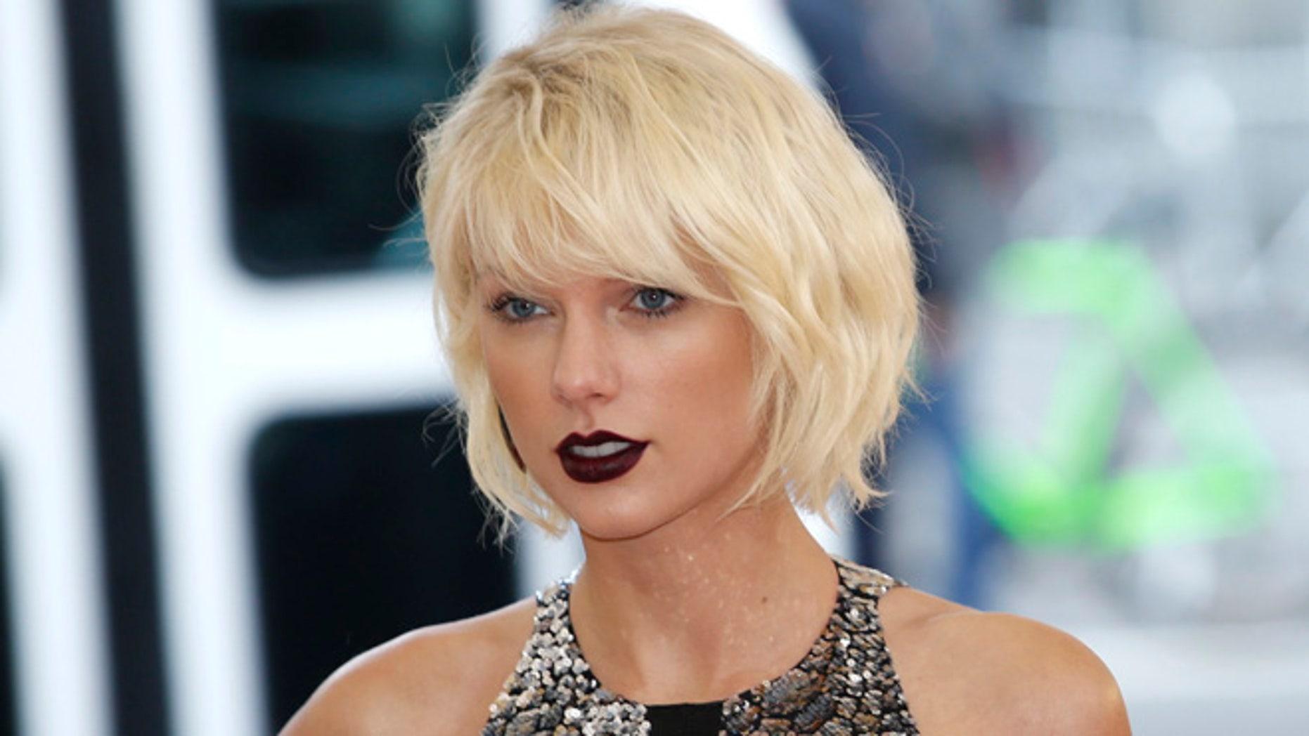 Taylor Swift donated the remainder of a pledge to Louisiana flood victims
