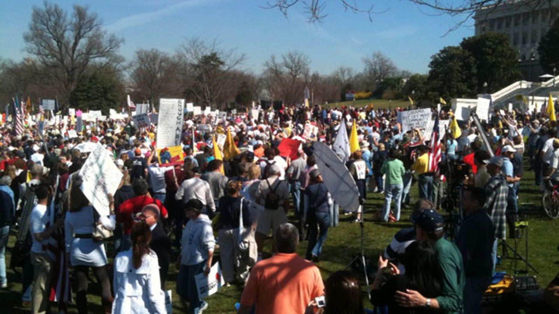 "Thousands of Tea Partiers descended upon the Capitol in an effort to derail the march toward ""Obamacare"" by pressuring undecided lawmakers to vote ""no"" Sunday. (FNC)"