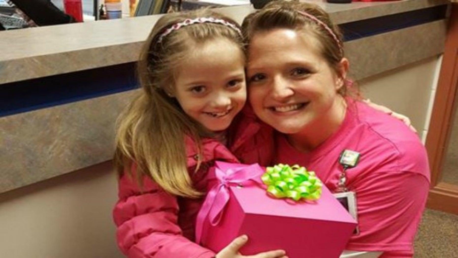 Jodi Schmidt is donating a kidney to her student, Natasha Fuller.
