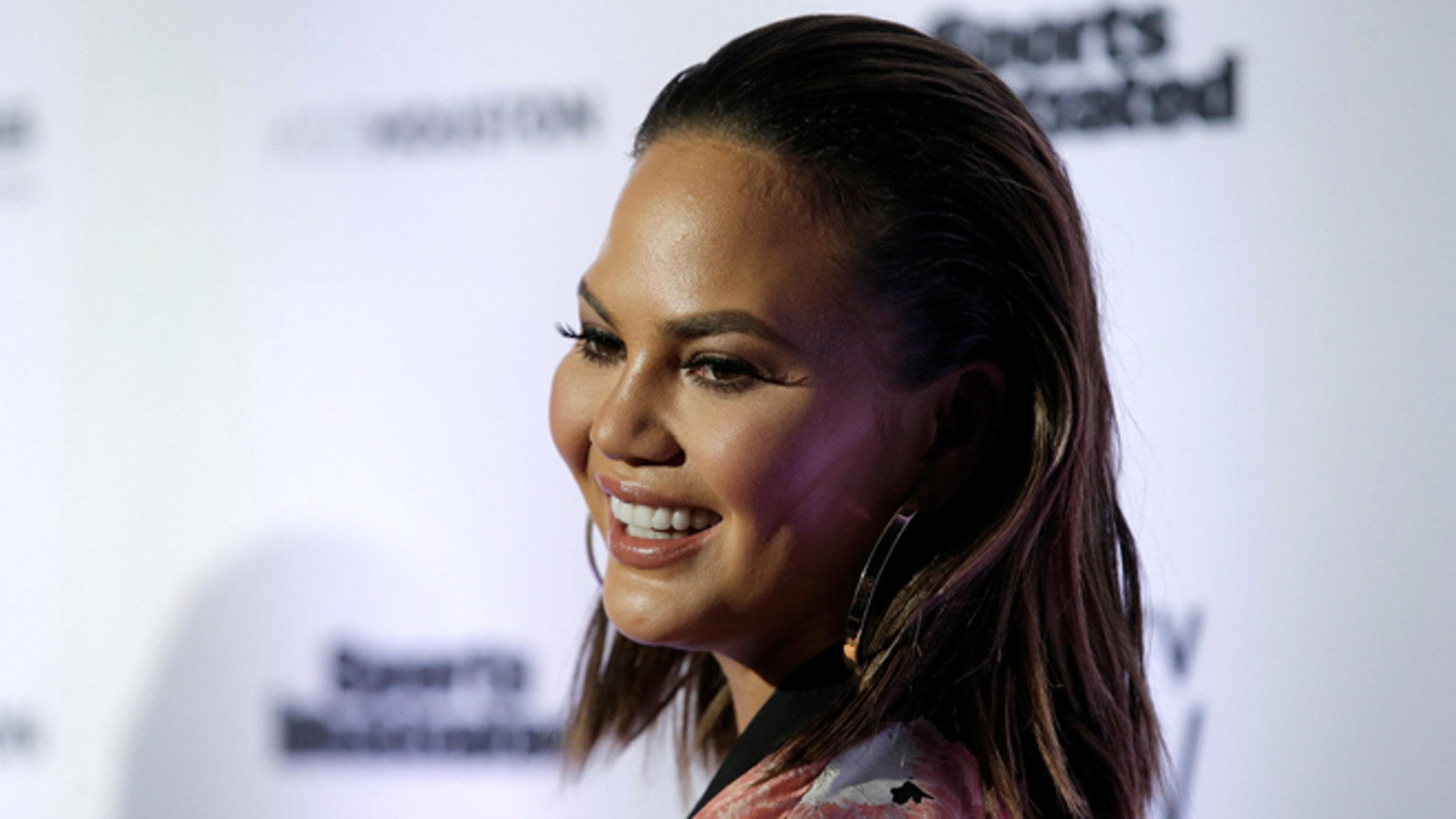 Chrissy Teigen helped an aspiring beauty school student by donating money for her tuition