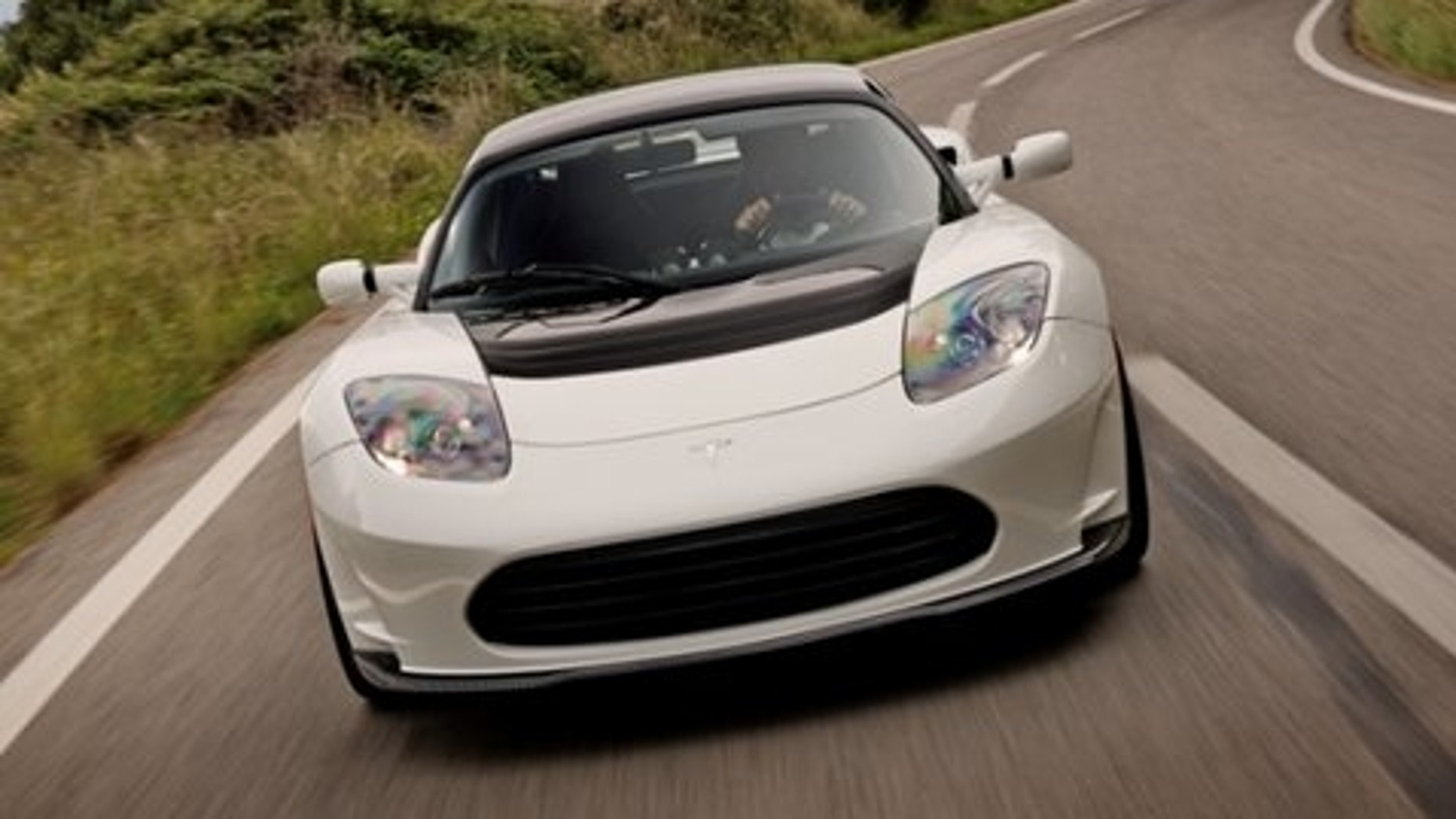 Tesla Motors First Car The Roadster Has Been Out Of Production For A While Now But That Hasn T Stopped Electric Company From Offering New