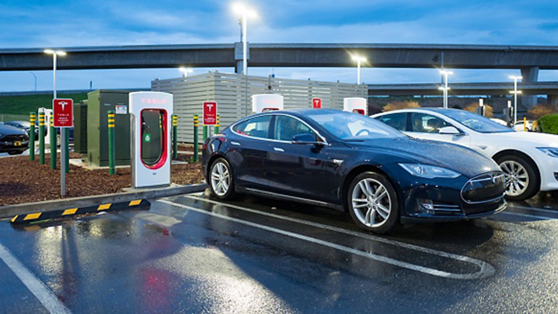 Tesla Is Increasing The Range Of Some Cars In The Path Of Hurricane