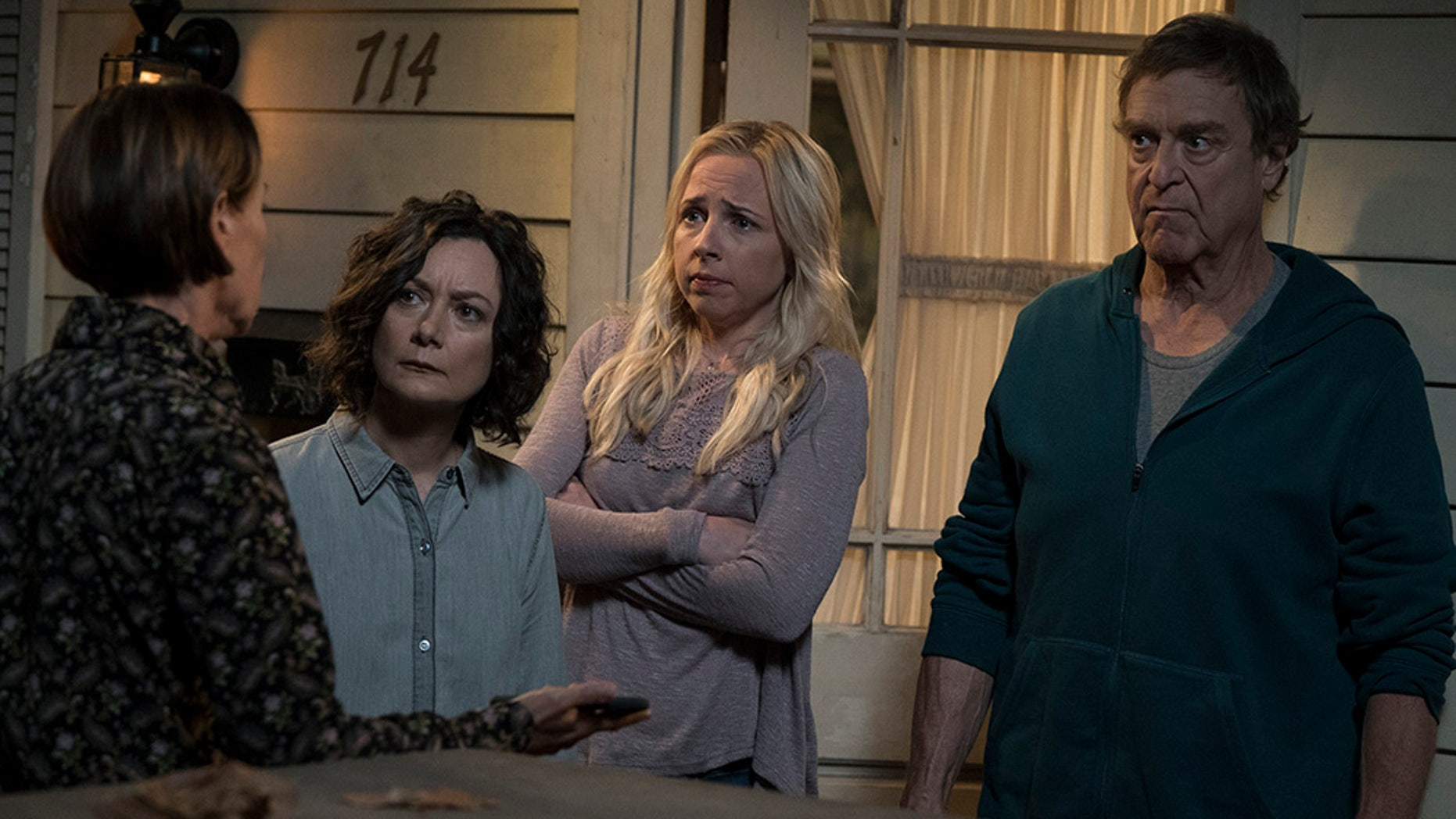 'The Conners' dealt with the death of Roseanne Barr's character in the premiere.