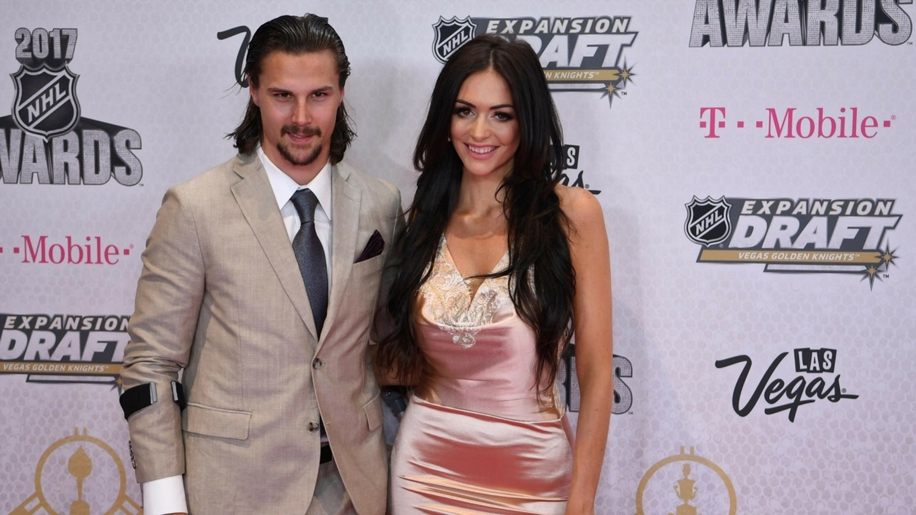 The NHL community offered their support to Ottawa Senators player Erik Karlsson and his wife Melinda who lost their son one month before his due date.