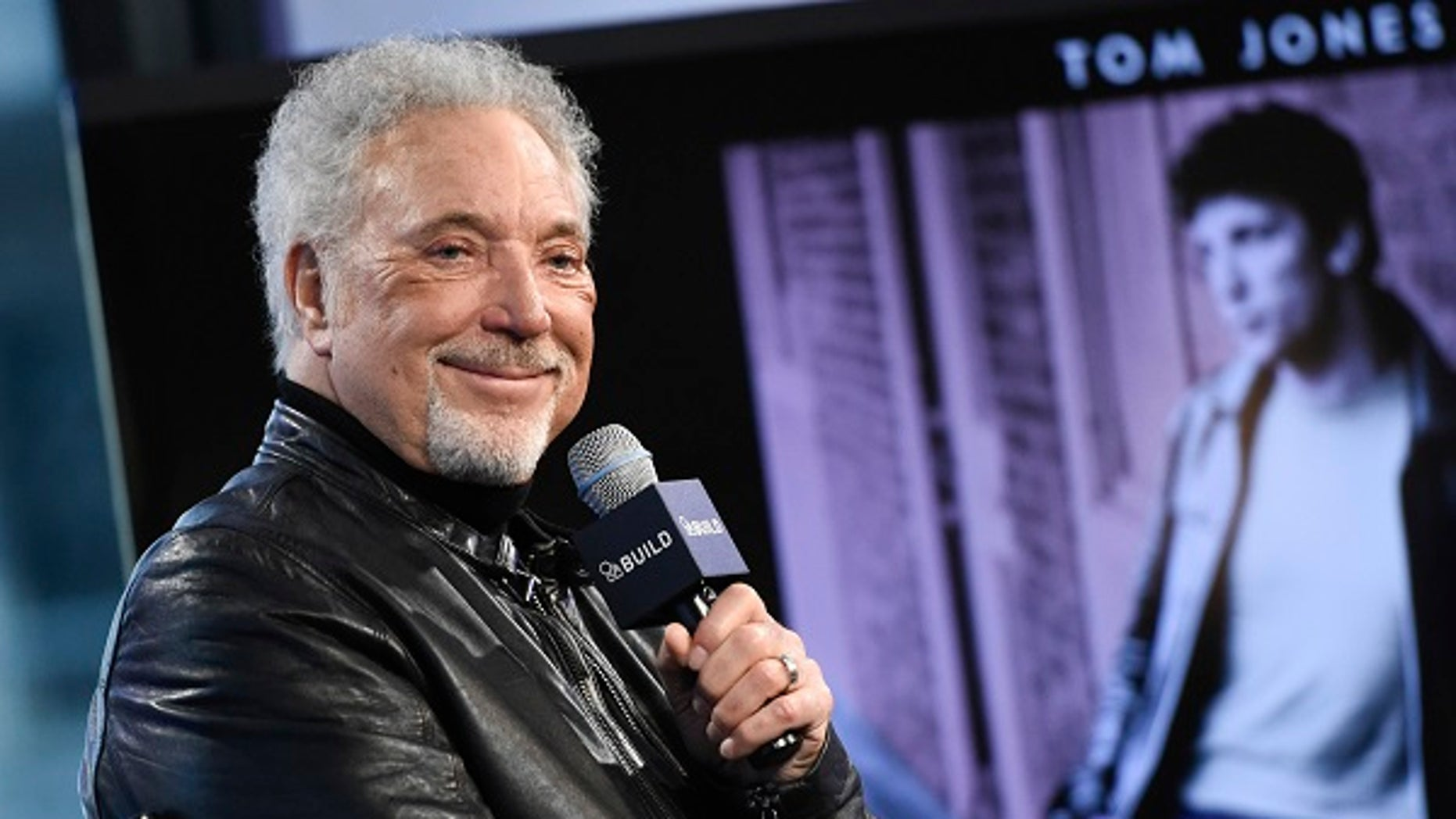 Sir Tom Jones announced that he has postponed his planned U.S. tour due to health issues.