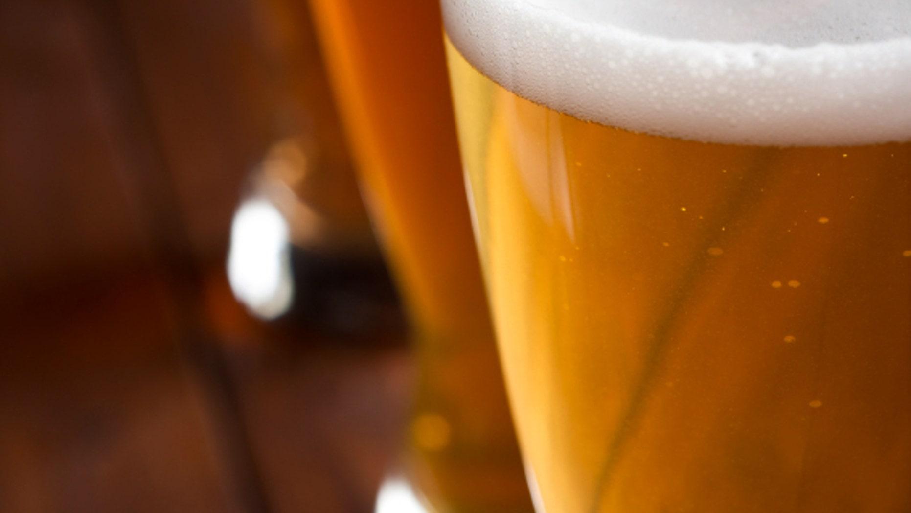 Beer foam has a scientific purpose.