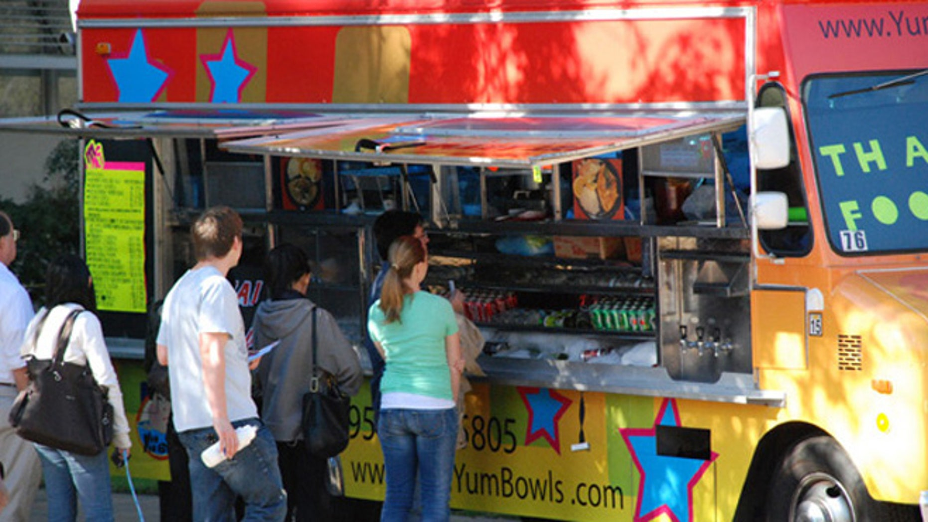 The Thai-fusion Yum Yum Bowls food truck at UCLA.
