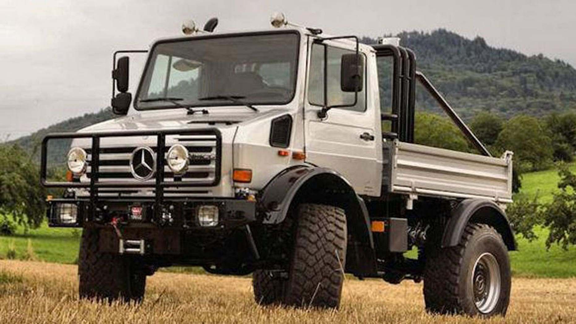 Arnold Schwarzenegger's incredible Mercedes Unimog for sale on Ebay
