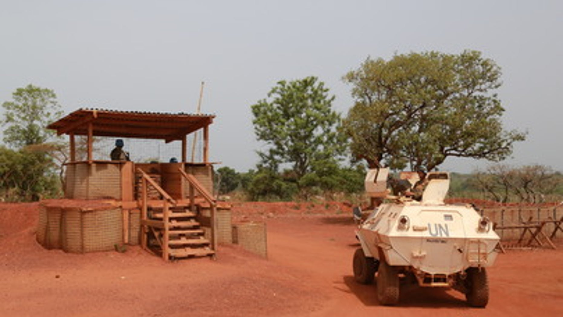 Peacekeepers serving with the UN Multidimensional Integrated Stabilization Mission in the Central African Republic (MINUSCA) in Bambari, on the day of a visit by Samantha Power, United States Permanent representative to the UN, to the town. (UN Photo/Nektarios Markogiannis)