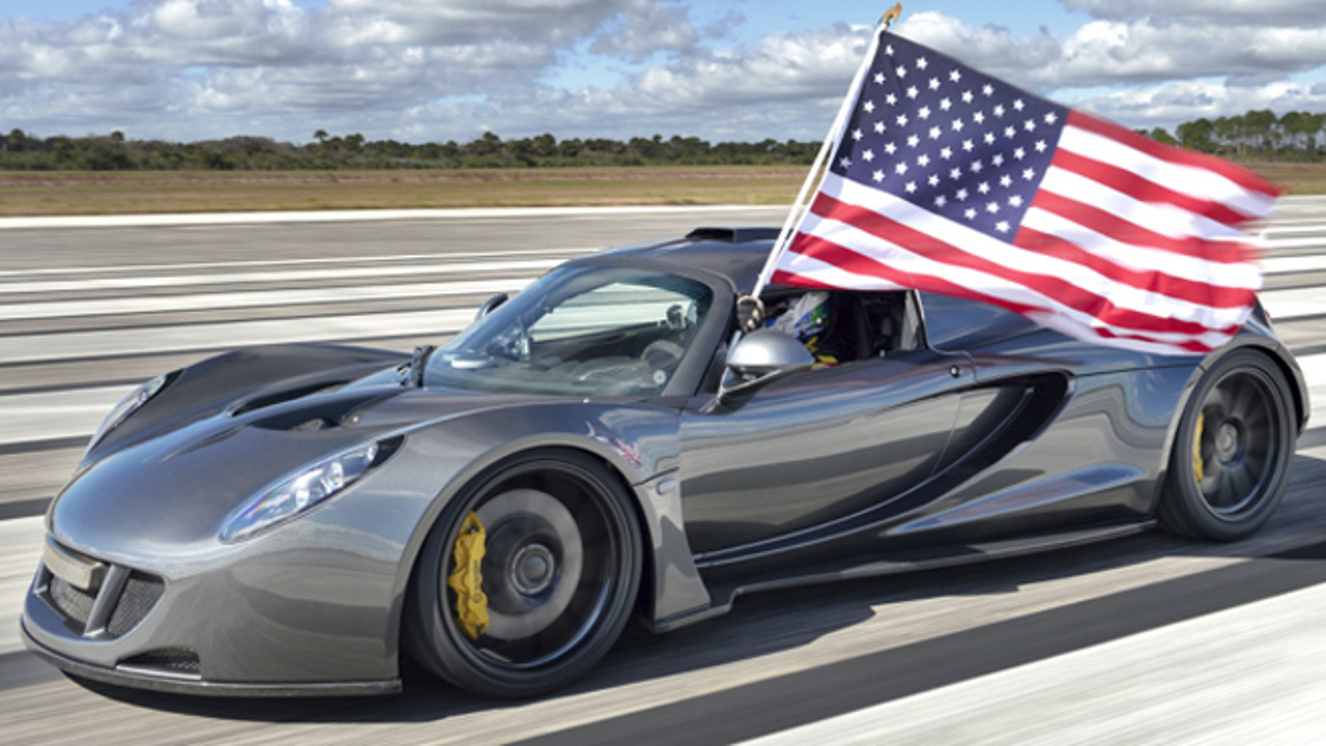 Hennessey Venom Gt Claims Top Sd Record For Usa At 270 Mph