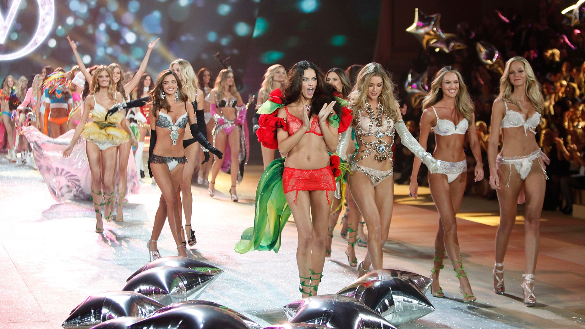 Models present a creation during the Victoria's Secret Fashion Show in New York November 7, 2012.