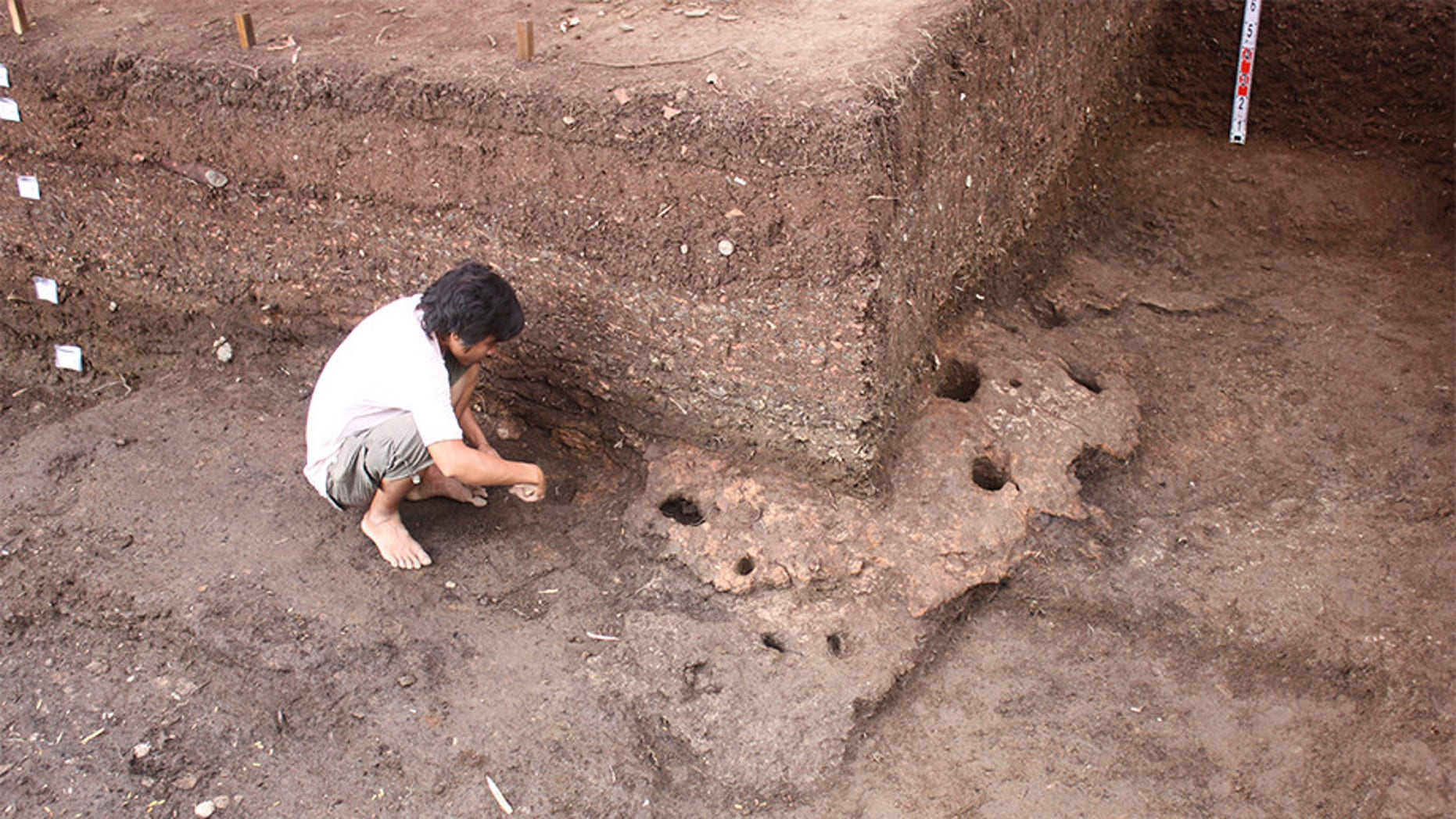The excavation site at Rach Nui in Southern Vietnam. (ANU)